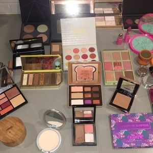 Lot of Makeup palettes used condition Decluttering
